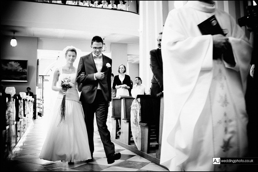 wedding_photography_surrey_ceremony_104.jpg