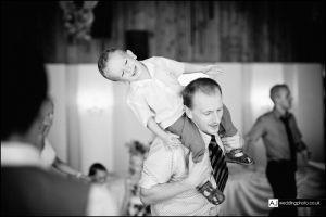 wedding_photography_berkshire_reception_052.jpg