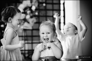 wedding_photography_berkshire_reception_054.jpg