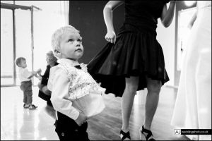 wedding_photography_berkshire_reception_057.jpg