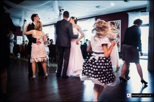 wedding_photography_berkshire_reception_058.jpg