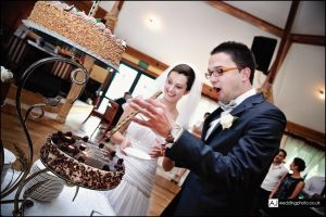 wedding_photography_berkshire_reception_071.jpg